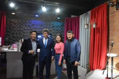Manas TV ve Radyoda Ögrenci Karagorisi Birinci Ayana Filmi Yönetmeni ile söyleşi yapılıp,Festivalin tanıtımı anlatıldı